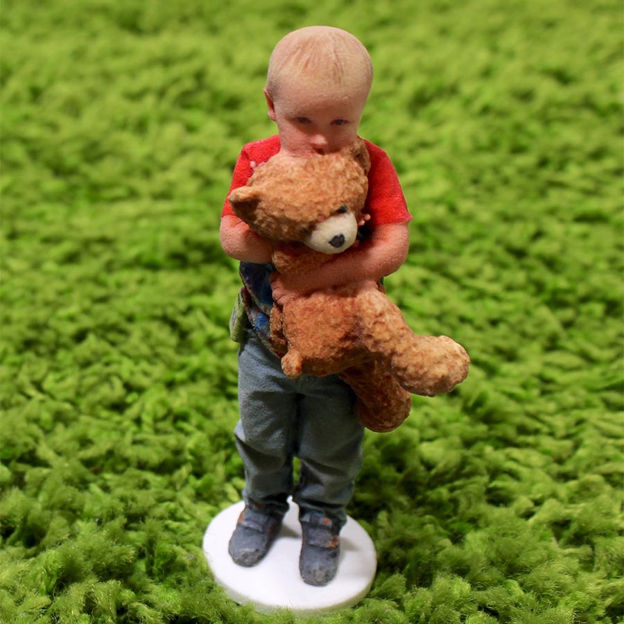 3D family picture of kid with bear.