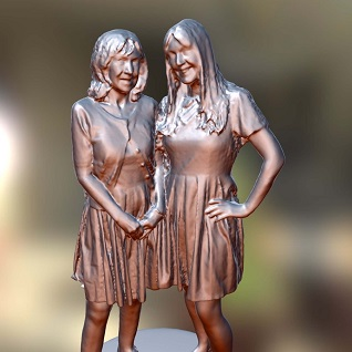 two ladies 3d printed figurine